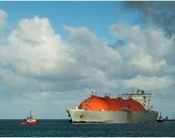 Qatar Petroleum set to merge LNG producers Qatargas, RasGas