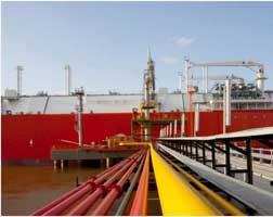 Bangladesh-signs-LNG-supply