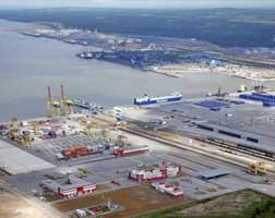 Gazprom, RusGasDobycha proceed with Ust-Luga LNG-chemical project